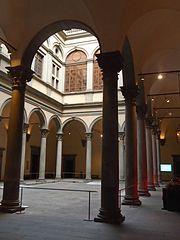 ストロッツィ宮殿2
