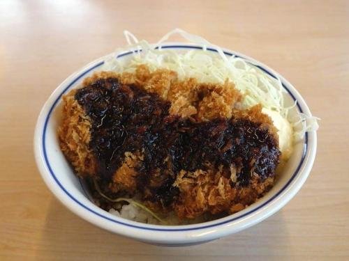 テリマヨビーフカツ丼