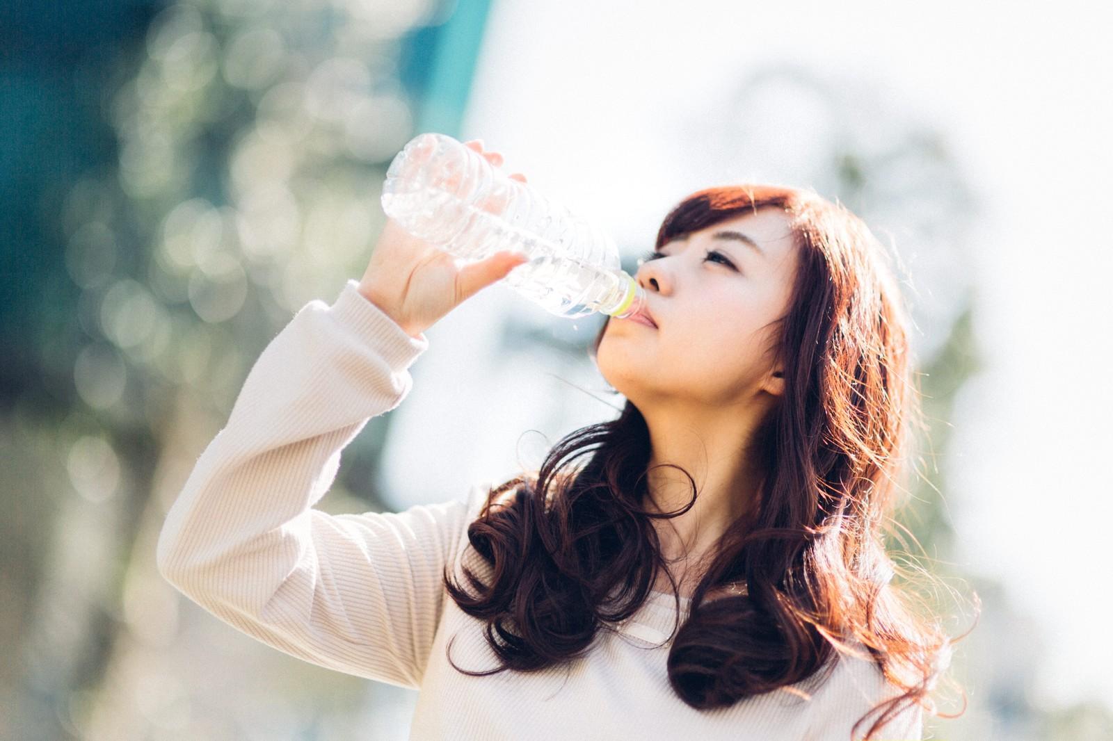 1日1食の実践と水分摂取の効果とは