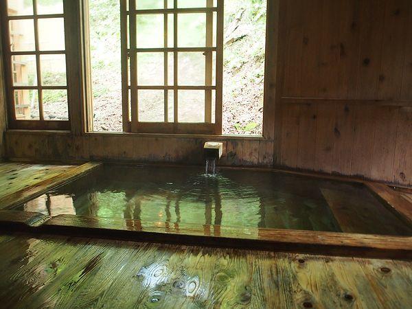 内風呂@ランプの宿青荷温泉