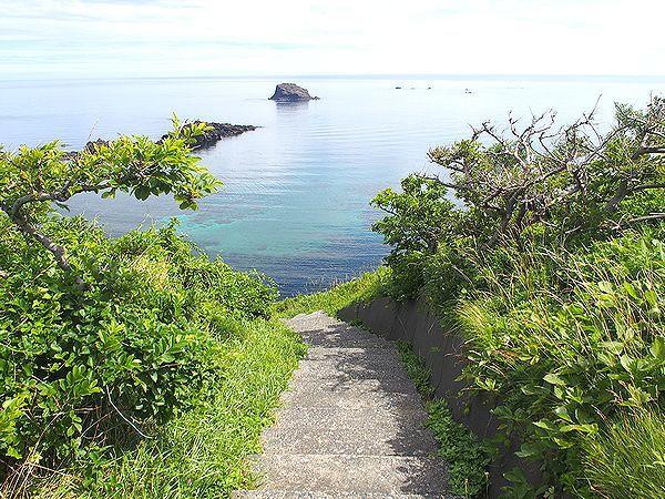 二ツ亀への遊歩道