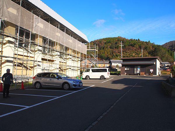 木之本小学校駐車場