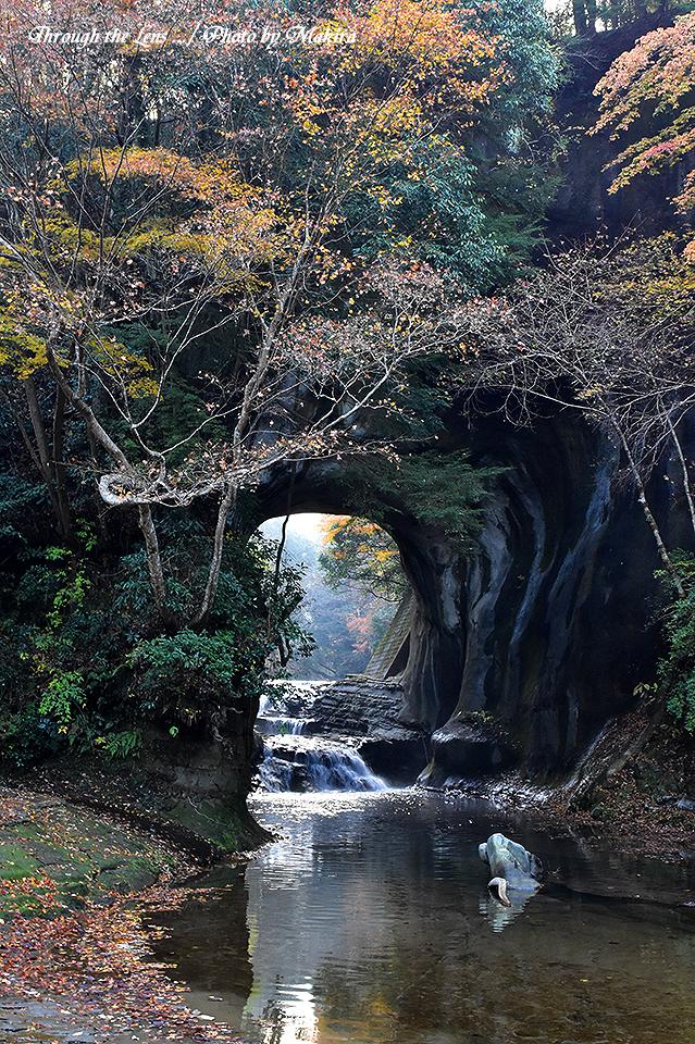 亀岩の洞窟(濃溝の滝)56D11
