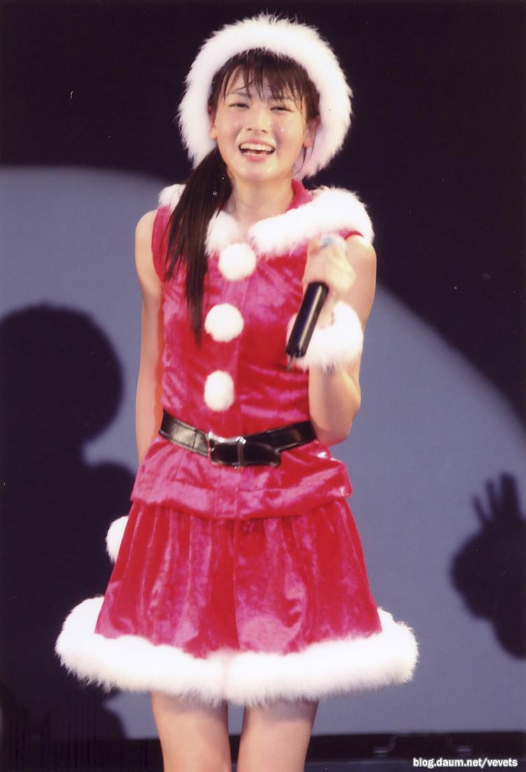 PINKのクリスマスのステージ衣装 汗 矢島舞美 2018 済み