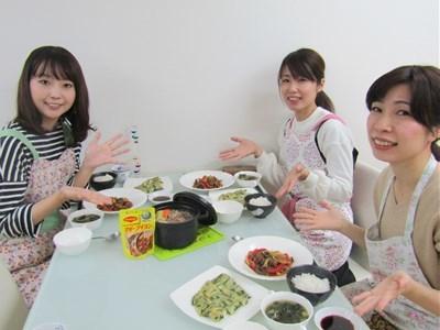s-簡単早変わり 牛肉のトマトカレー鍋3