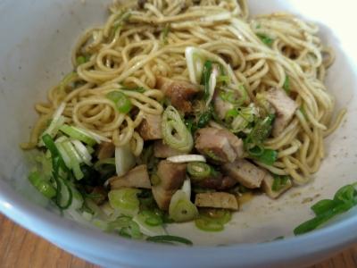コイコイ和え麺1