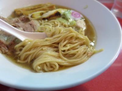 三日月食堂麺