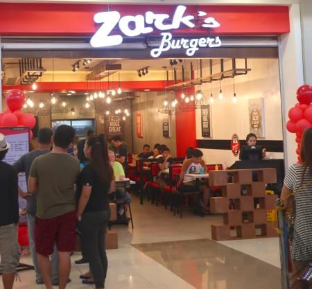 sm zarks burger open (1)