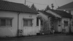 白い板塀の家 (20171022)