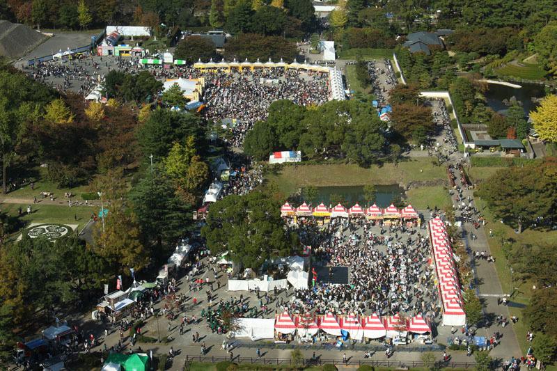 駿府城公園俯瞰 県庁別館から 171103