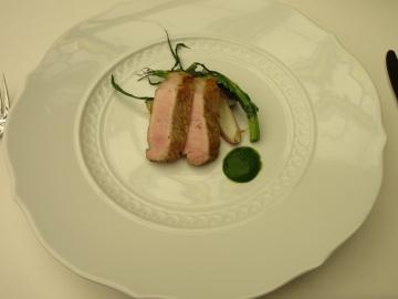 銘柄豚ロース肉のグリル サルサヴェルデ 焼き野菜添え