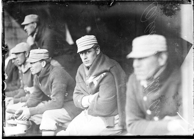 Vintage-MLB-Shawl-Sweater2_20171114201832abe.jpg