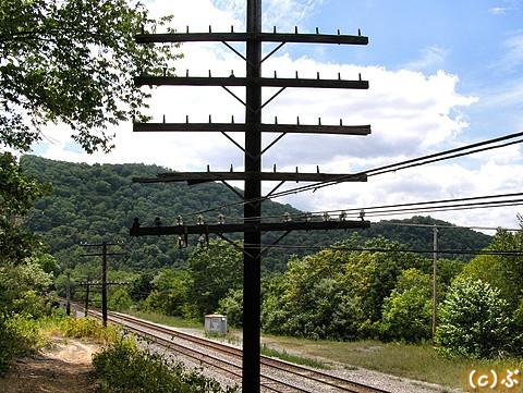 CSX_Cum-Sub_145-MAGNOLIA-pole-line-west.jpg