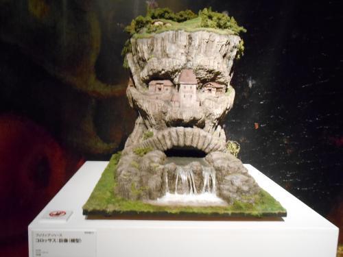 コロッサス巨像