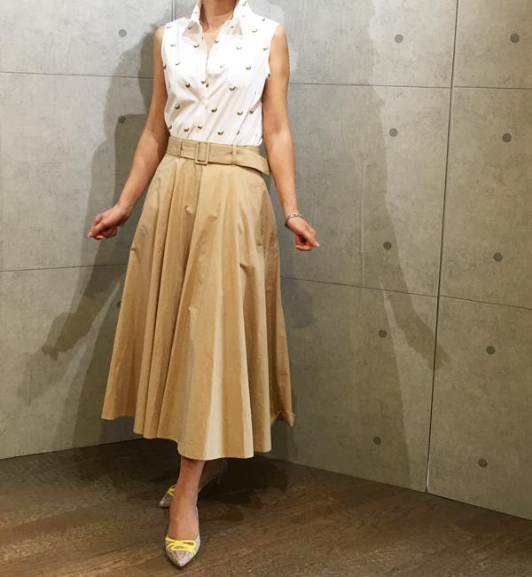 フラスクのベルト付きフレアーのロングスカート