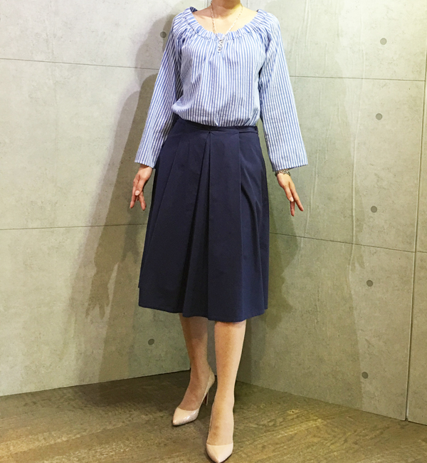 19-70の後リボンのスカート