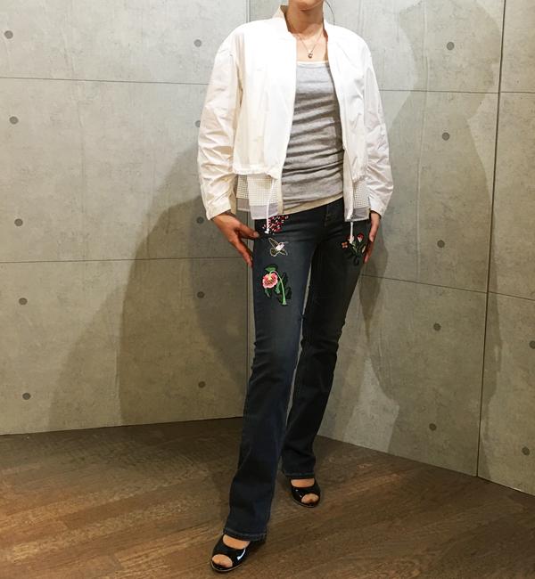 アヴァンルタンの刺繍ワッペン付きデニムとメッシュコラボのジップアップジャケット