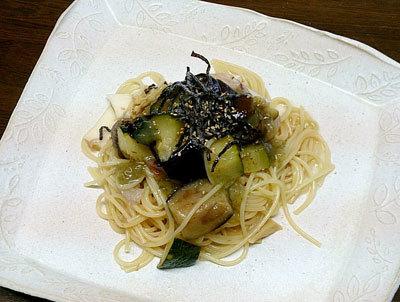 ナスとズッキーニの梅昆布冷製スパゲッティ