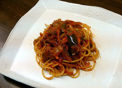 たっぷり野菜とナスのトマトスパゲッティ
