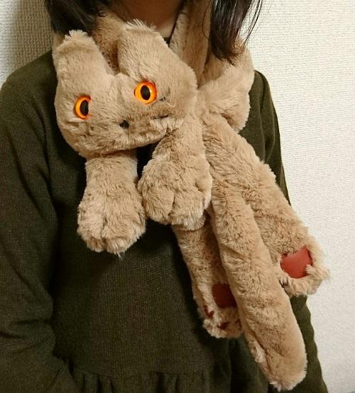 猫ミャフラー巻き