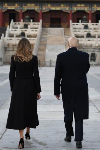 img_e757e543dee109e9ba1c37d9f77118ba626200故宮(紫禁城)を訪れるドナルド・トランプ米大統領夫妻