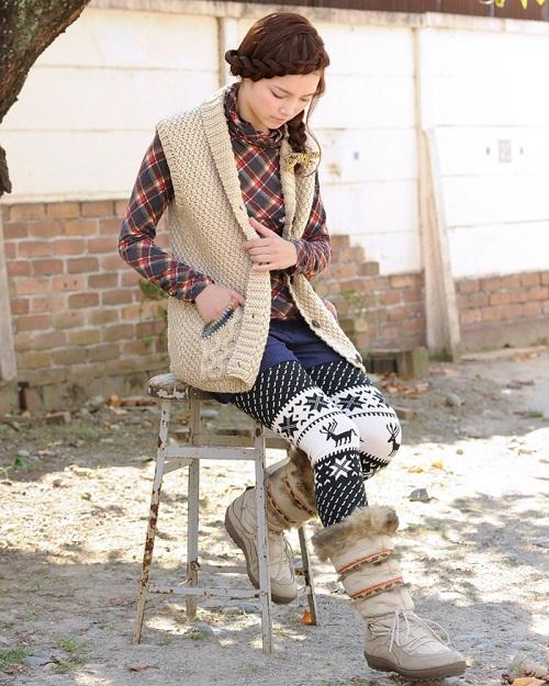無料編み図棒針編みベスト衿つき毛糸ピエロソフトメリノ極太オランジェロングベスト1