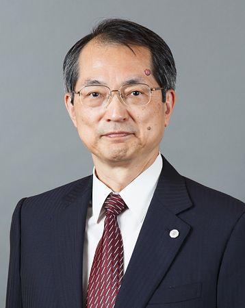大谷直人(おおたに・なおと)=最高裁事務総長、大阪高裁長官を経て、15年2月就任。65歳。北海道生まれ。