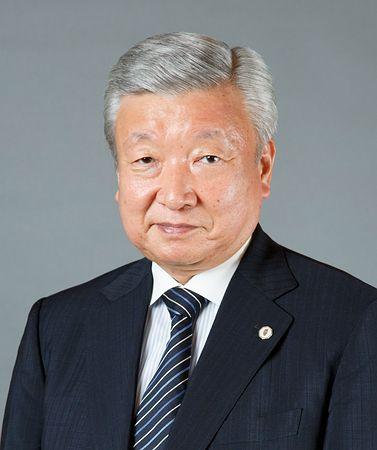 ▼木沢克之(きざわ・かつゆき)=東京弁護士会人事委員会委員長、法務省人権擁護委員を経て、16年7月就任。66歳。東京都生まれ。