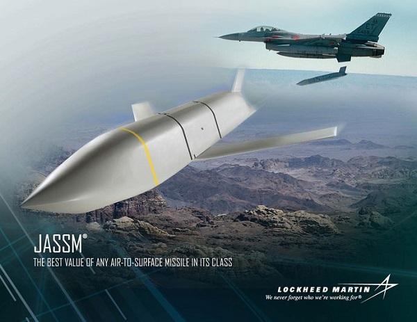 日本の巡航ミサイル導入に反対する北朝鮮、立憲民主党、希望の党、共産党、朝日新聞、中日新聞など