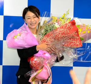 山尾氏、政権批判票集める 「自分なりに汗をかきたい」
