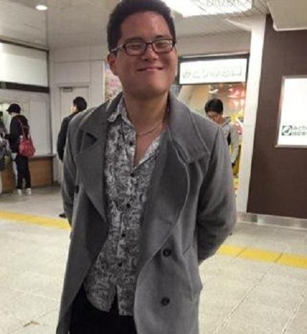 平成28年9月、宋治潤(ソン・チユン) を主犯格とする慶応大学の広告学研究会の男子学生6人が10代の女子学生に度数の高い酒を飲ませて泥酔させて集団で強姦などして書類送検された。