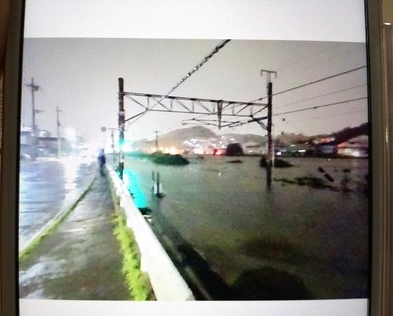 大和川氾濫して最寄り路線が沈んだ。。。