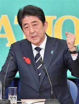 """「イヤホン大丈夫?」 安倍晋三首相が""""因縁""""のTBSキャスターに反撃?"""