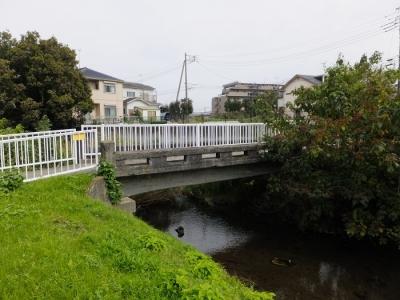 鳩川の鶴松橋