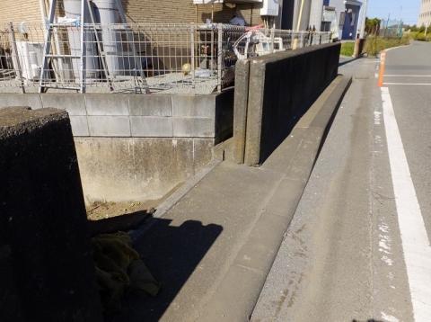 相模川旧堤防・陸閘
