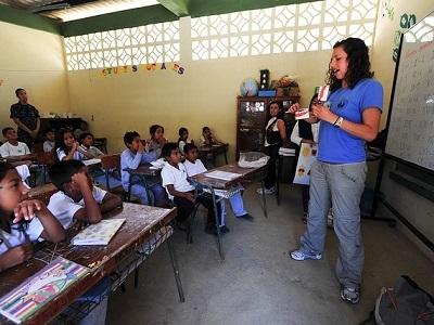 teacher-classroom-01.jpg