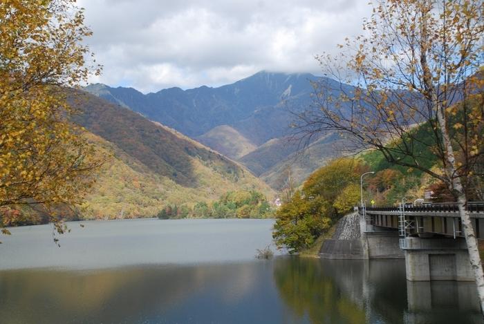 広瀬湖の秋55