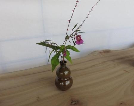 茶の文化館・月 068
