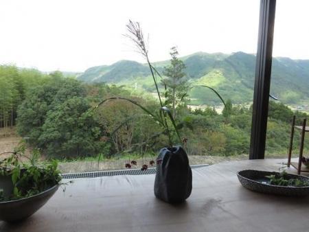 茶の文化館・月 052