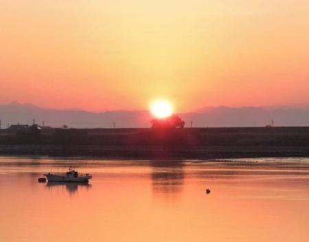 筑後川の朝日とお月さん 029