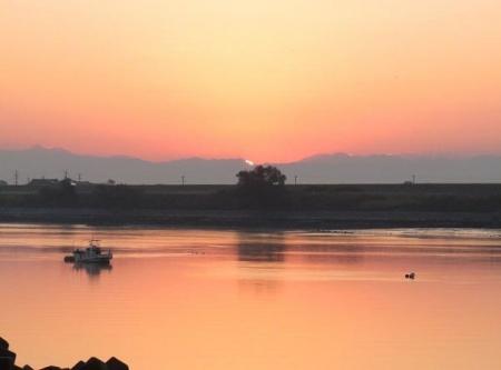 筑後川の朝日とお月さん 020