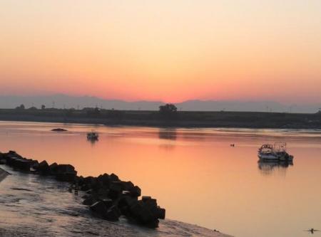 筑後川の朝日とお月さん 019