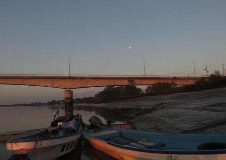 筑後川の朝日とお月さん 053