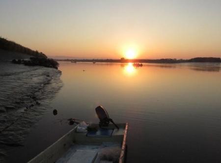筑後川の朝日とお月さん 051