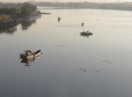 筑後川の朝日とお月さん 110