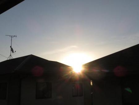 朝日昇る 015