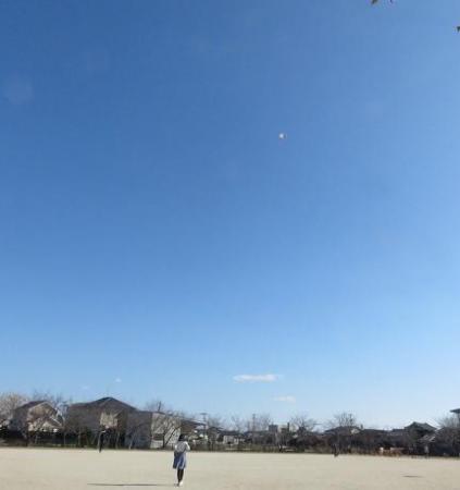 凧とお月様 007