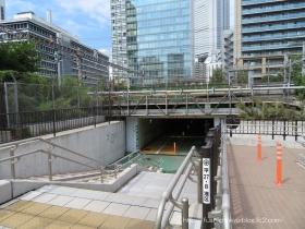 A01雑魚場架道橋