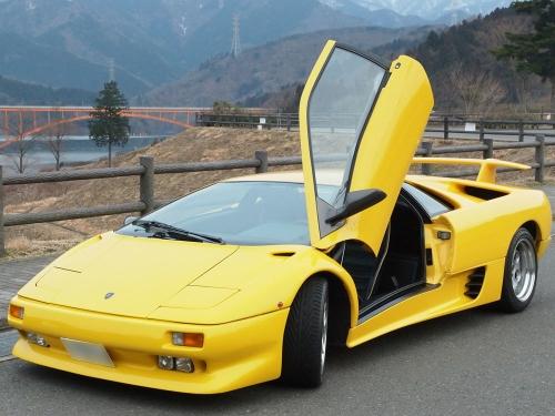 Lamborghini-Diablo_01