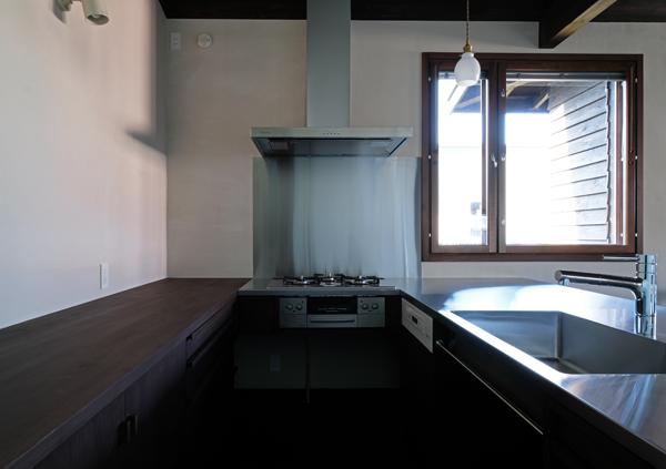 江別の家 キッチン11